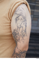 Street  692 arm tattoo 0003.jpg